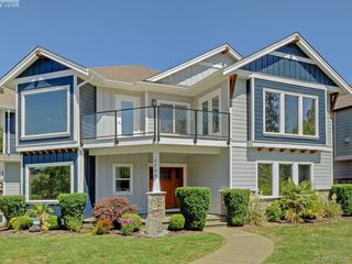 Photo 1: 2798 Guyton Way in VICTORIA: La Langford Lake Single Family Detached for sale (Langford)  : MLS®# 407621