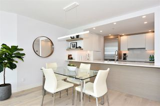 """Photo 8: 1002 388 DRAKE Street in Vancouver: Yaletown Condo for sale in """"GOVERNER'S TOWER"""" (Vancouver West)  : MLS®# R2355256"""