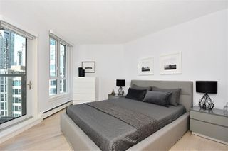 """Photo 9: 1002 388 DRAKE Street in Vancouver: Yaletown Condo for sale in """"GOVERNER'S TOWER"""" (Vancouver West)  : MLS®# R2355256"""