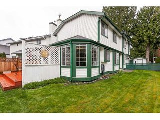 "Photo 17: 20891 94B Avenue in Langley: Walnut Grove House for sale in ""Walnut Grove"" : MLS®# R2358211"