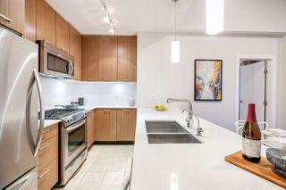 """Photo 10: 405 1182 W 16TH Street in Vancouver: Norgate Condo for sale in """"THE DRIVE 1177"""" (North Vancouver)  : MLS®# R2364220"""