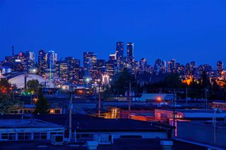 """Photo 2: 405 1182 W 16TH Street in Vancouver: Norgate Condo for sale in """"THE DRIVE 1177"""" (North Vancouver)  : MLS®# R2364220"""