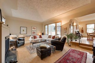 Photo 2: 10236 130 Street in Edmonton: Zone 11 House for sale : MLS®# E4154884