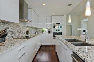 Photo 8: 1301 11969 JASPER Avenue in Edmonton: Zone 12 Condo for sale : MLS®# E4157496