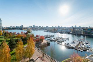 "Photo 18: 802 633 KINGHORNE Mews in Vancouver: Yaletown Condo for sale in ""ICON II"" (Vancouver West)  : MLS®# R2372163"