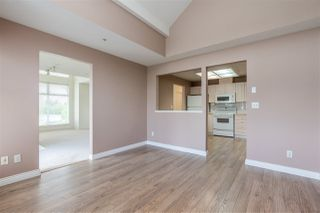"Photo 11: 404 19131 FORD Road in Pitt Meadows: Central Meadows Condo for sale in ""WOODFORD MANOR"" : MLS®# R2372445"