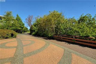 Photo 21: 215 787 Tyee Road in VICTORIA: VW Victoria West Condo Apartment for sale (Victoria West)  : MLS®# 411243