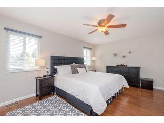 Photo 12: 14090 17 Avenue in Surrey: Sunnyside Park Surrey House for sale (South Surrey White Rock)  : MLS®# R2376398