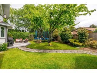 Photo 20: 14090 17 Avenue in Surrey: Sunnyside Park Surrey House for sale (South Surrey White Rock)  : MLS®# R2376398