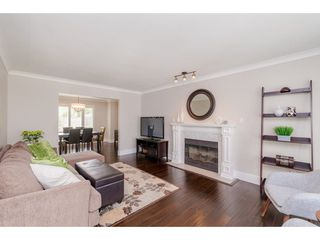 Photo 3: 14090 17 Avenue in Surrey: Sunnyside Park Surrey House for sale (South Surrey White Rock)  : MLS®# R2376398