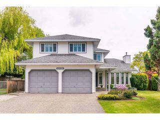 Photo 1: 14090 17 Avenue in Surrey: Sunnyside Park Surrey House for sale (South Surrey White Rock)  : MLS®# R2376398