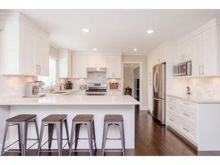 Photo 5: 14090 17 Avenue in Surrey: Sunnyside Park Surrey House for sale (South Surrey White Rock)  : MLS®# R2376398