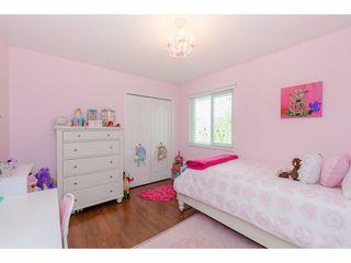 Photo 14: 14090 17 Avenue in Surrey: Sunnyside Park Surrey House for sale (South Surrey White Rock)  : MLS®# R2376398