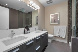 """Photo 18: 4302 2008 ROSSER Avenue in Burnaby: Brentwood Park Condo for sale in """"STRATUS (SOLO DISTRICT)"""" (Burnaby North)  : MLS®# R2379987"""