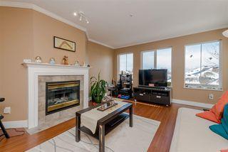 """Photo 4: 301 12155 75A Avenue in Surrey: West Newton Condo for sale in """"Strawberry Hill Estates"""" : MLS®# R2379879"""