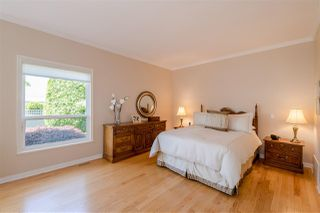 """Photo 11: 15 1881 144 Street in Surrey: Sunnyside Park Surrey Townhouse for sale in """"BRAMBLEY HEDGE"""" (South Surrey White Rock)  : MLS®# R2384004"""