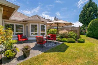"""Photo 19: 15 1881 144 Street in Surrey: Sunnyside Park Surrey Townhouse for sale in """"BRAMBLEY HEDGE"""" (South Surrey White Rock)  : MLS®# R2384004"""