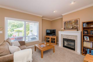 """Photo 9: 15 1881 144 Street in Surrey: Sunnyside Park Surrey Townhouse for sale in """"BRAMBLEY HEDGE"""" (South Surrey White Rock)  : MLS®# R2384004"""