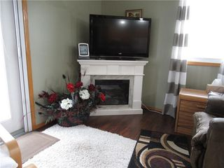 Photo 3: 2618 26 Street: Nanton Semi Detached for sale : MLS®# C4255764