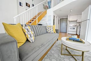"""Photo 3: 317 1238 SEYMOUR Street in Vancouver: Downtown VW Condo for sale in """"SPACE"""" (Vancouver West)  : MLS®# R2386623"""