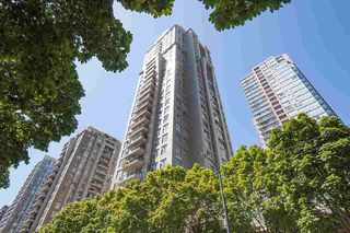 "Main Photo: 303 969 RICHARDS Street in Vancouver: Downtown VW Condo for sale in ""MONDRIAN 2"" (Vancouver West)  : MLS®# R2387402"