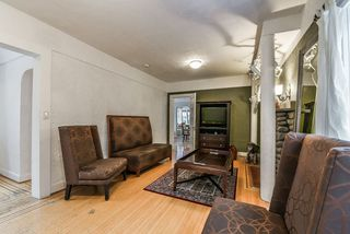 Photo 3: 2754 DUNDAS Street in Vancouver: Hastings Sunrise House for sale (Vancouver East)  : MLS®# R2413633