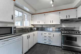 Photo 12: 2754 DUNDAS Street in Vancouver: Hastings Sunrise House for sale (Vancouver East)  : MLS®# R2413633
