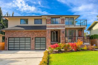 Main Photo: 850 PORTER Street in Coquitlam: Harbour Chines House for sale : MLS®# R2421865