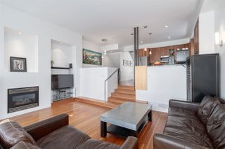 """Photo 9: 2241 E 4TH Avenue in Vancouver: Grandview Woodland House for sale in """"COMMERCIAL DRIVE"""" (Vancouver East)  : MLS®# R2447300"""
