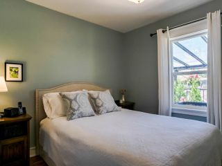 Photo 9: 2269 VENABLES Street in Vancouver: Hastings House for sale (Vancouver East)  : MLS®# R2478519