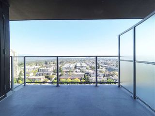 """Photo 13: 2106 6700 DUNBLANE Avenue in Burnaby: Metrotown Condo for sale in """"VITTORIO"""" (Burnaby South)  : MLS®# R2498116"""