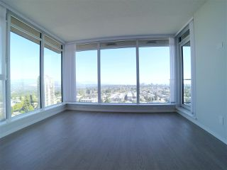 """Photo 10: 2106 6700 DUNBLANE Avenue in Burnaby: Metrotown Condo for sale in """"VITTORIO"""" (Burnaby South)  : MLS®# R2498116"""