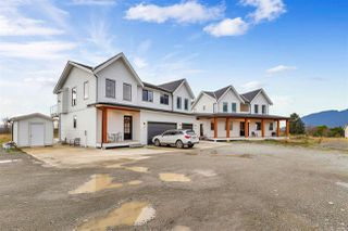 Photo 2: 41600 DYKE Road in Mission: Dewdney Deroche House for sale : MLS®# R2521773