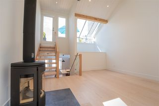 "Main Photo: 1676 ARBUTUS Street in Vancouver: Kitsilano Townhouse for sale in ""ARBUTUS COURT"" (Vancouver West)  : MLS®# R2527219"