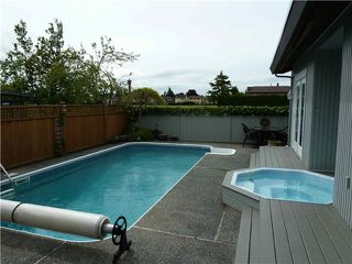 "Photo 2: 10370 HOLLYBANK Drive in Richmond: Steveston North House for sale in ""STEVESTON NORTH"" : MLS®# V891140"