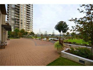 "Photo 9: 602 2345 MADISON Avenue in Burnaby: Brentwood Park Condo for sale in ""OMA"" (Burnaby North)  : MLS®# V916643"