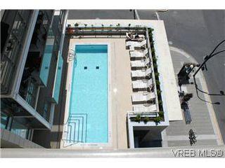 Photo 2: 1008 707 Courtney Street in VICTORIA: Vi Downtown Condo Apartment for sale (Victoria)  : MLS®# 288501