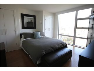 Photo 7: 2202 1225 RICHARDS Street in Vancouver: Downtown VW Condo for sale (Vancouver West)  : MLS®# V971303