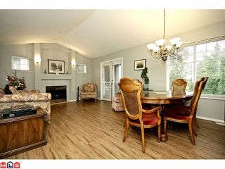 "Photo 3: # 48 20222 96TH AV in LANGLEY: Walnut Grove Townhouse for sale in ""WINDSOR GARDENS"" (Langley)  : MLS®# F1225707"