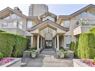Photo 2: B3 2202 MARINE Drive in West Vancouver: Dundarave Condo for sale : MLS®# V966905
