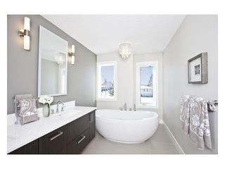 Photo 13: 2240 33 Street SW in CALGARY: Killarney_Glengarry Residential Attached for sale (Calgary)  : MLS®# C3591709