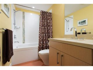 "Photo 9: # 1005 1833 CROWE ST in Vancouver: False Creek Condo for sale in ""FOUNDRY"" (Vancouver West)  : MLS®# V1042655"