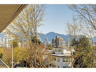"Photo 11: 303 2825 SPRUCE Street in Vancouver: Fairview VW Condo for sale in ""Fairview"" (Vancouver West)  : MLS®# V1053571"