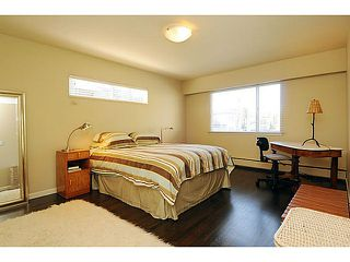 "Photo 3: 303 2825 SPRUCE Street in Vancouver: Fairview VW Condo for sale in ""Fairview"" (Vancouver West)  : MLS®# V1053571"