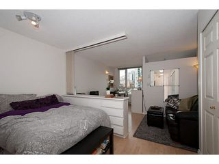 "Photo 3: 410 1188 RICHARDS Street in Vancouver: Yaletown Condo for sale in ""Park Plaza"" (Vancouver West)  : MLS®# V1055368"
