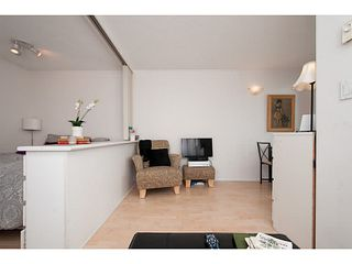 """Photo 5: 410 1188 RICHARDS Street in Vancouver: Yaletown Condo for sale in """"Park Plaza"""" (Vancouver West)  : MLS®# V1055368"""