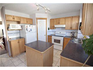 Photo 4: 5356 MARTIN CROSSING Drive NE in CALGARY: Martindale Residential Detached Single Family for sale (Calgary)  : MLS®# C3611567