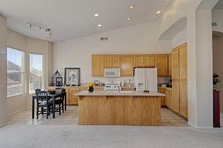 Photo 7: SAN MARCOS House for sale : 4 bedrooms : 738 W Bel Esprit Circle