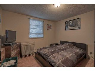 Photo 6: 717 17 Avenue NW in CALGARY: Mount Pleasant Multi-Family (Commercial) for sale (Calgary)  : MLS®# C1025103
