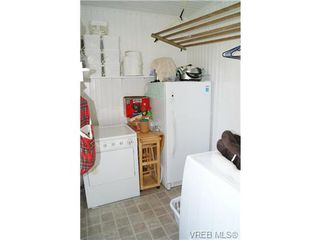 Photo 17: 812 Wollaston Street in VICTORIA: Es Old Esquimalt Single Family Detached for sale (Esquimalt)  : MLS®# 351350